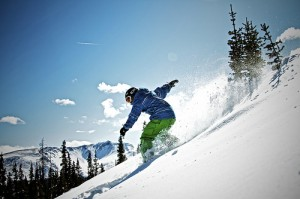 live near skiing colorado: skier