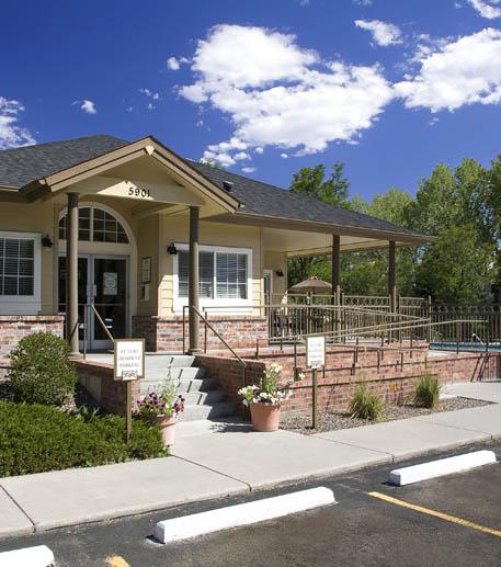 Lakewood Pointe Apartments: Aspen Pointe Apartments For Rent In Colorado : Apts Colorado